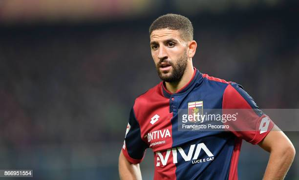 Adel Taarabt of Genoa CFC in action during the Serie A match between Genoa CFC and SSC Napoli at Stadio Luigi Ferraris on October 25 2017 in Genoa...