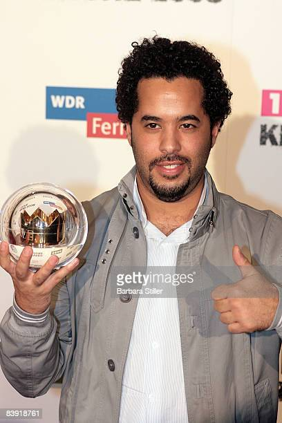 Adel Tawil poses with his award at the ''1Live Krone'' awards on December 4 2008 in Bochum Germany