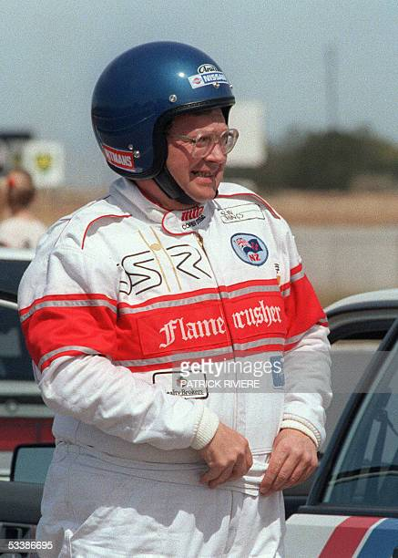Picture dated 13 November 1987 of former New Zealand's Prime minister David Lange all geared up for his first try run at Adelaide street circuit...