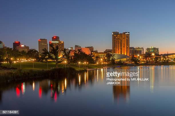 adelaide city at twilight time, south australia - adelaide city stockfoto's en -beelden