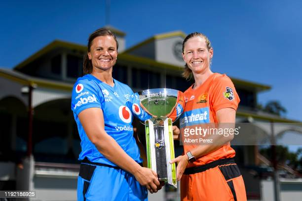 Adelaide Strikers captain Suzie Bates and Perth Scorchers captain Meg Lanning pose for a photo ahead of their semi final match during the Women's Big...