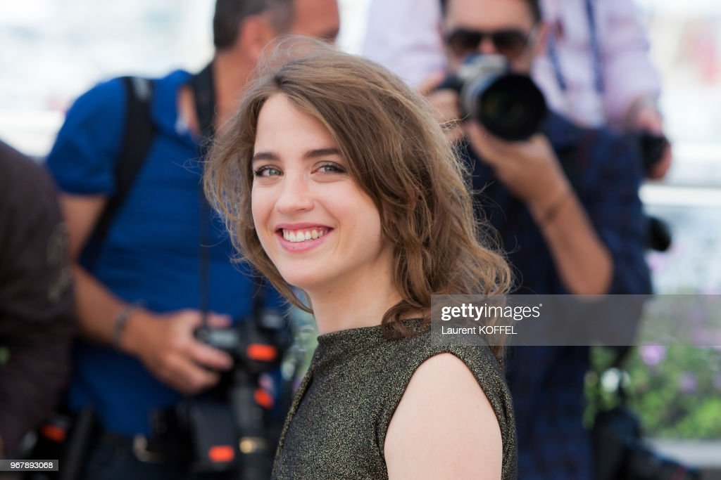 The Unknown Girl (La Fille Inconnue)' Photocall - The 69th Annual Cannes Film Festival : Photo d'actualité