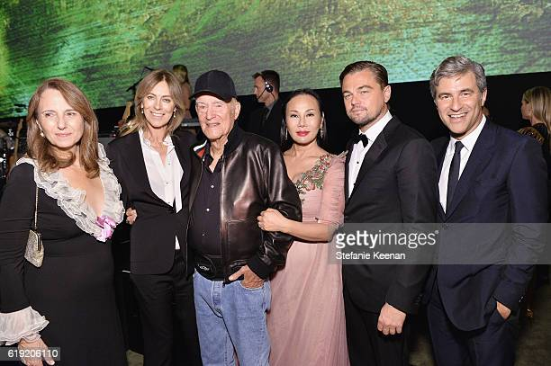Adele Irwin honoree Kathryn Bigelow honoree Robert Irwin host Eva Chow cochair Leonardo DiCaprio and CEO and Wallis Annenberg Director of LACMA...