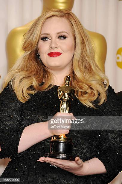 Adele poses in the press room the 85th Annual Academy Awards at Dolby Theatre on February 24, 2013 in Hollywood, California.