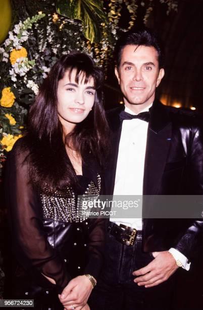 Adeline Blondieau et JeanClaude Jitrois à la soirée 'Best' à Paris en décembre 1991 France