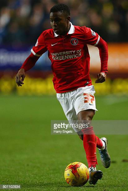 Ademola Lookman of Charlton in action during the Sky Bet Championship match between Charlton Athletic and Leeds United at The Valley on December 12...