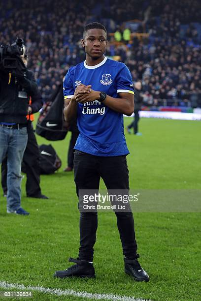 Ademola Lookman of Everton is paraded on the pitch ahead of the Emirates FA Cup Third Round match between Everton and Leicester City at Goodison Park...