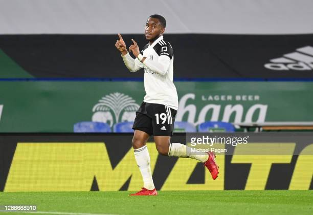 Ademola Lookman of Fulham celebrates after scoring their team's first goal during the Premier League match between Leicester City and Fulham at The...