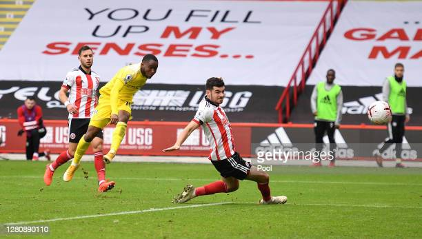 Ademola Lookman of Fulham scores his team's first goal during the Premier League match between Sheffield United and Fulham at Bramall Lane on October...