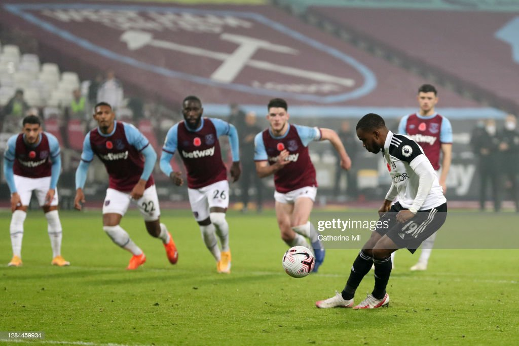 West Ham United v Fulham - Premier League : News Photo