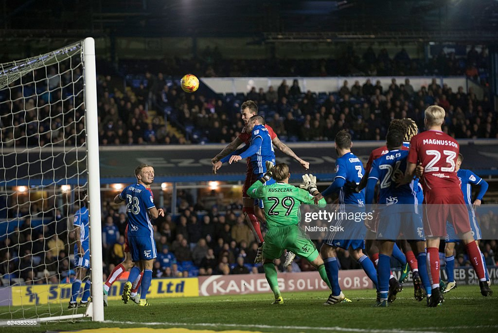 Aden Flint of Bristol City and Lukas Jutkiewicz of Birmingham in action during the Sky Bet Championship match between Birmingham City and Bristol City at St Andrews Stadium on November 19, 2016 in Birmingham, England.