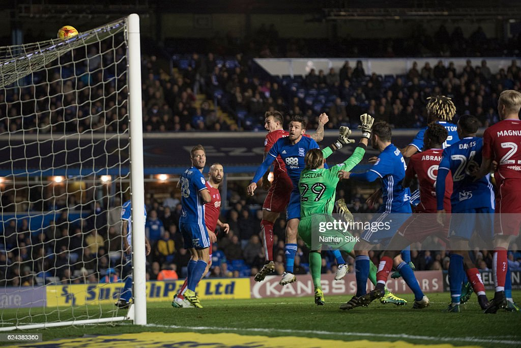 Aden Flint of Bristol City headers the ball during the Sky Bet Championship match between Birmingham City and Bristol City at St Andrews Stadium on November 19, 2016 in Birmingham, England.
