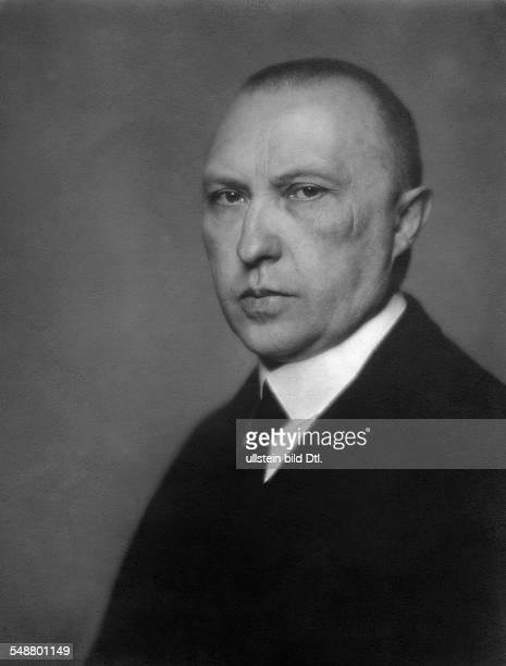 Adenauer, Konrad - Politician , Germany *05.01.1876-+ Lord Mayor of Cologne 1917-1933 - 1930 - Photographer: Nicola Perscheid - Vintage property of...