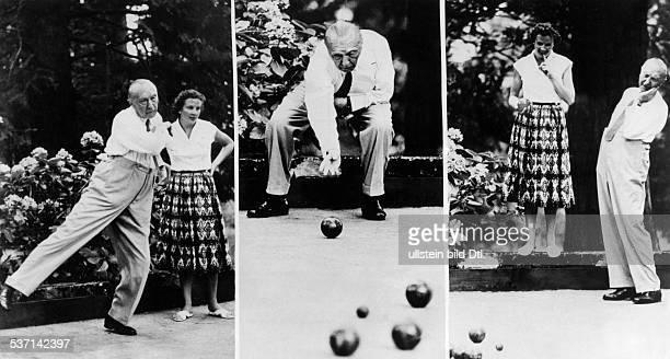 Adenauer, Konrad , Politiker, CDU, BRD, - mit seiner Tochter Lotte beim, Boccia-Spiel in seinem Urlaubsort, Griante am Comer See