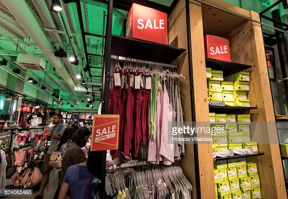 consultor Viva Auto  Adidas NEO store in MyZeil mall, in Frankfurt, Germany, 01 August... News  Photo - Getty Images