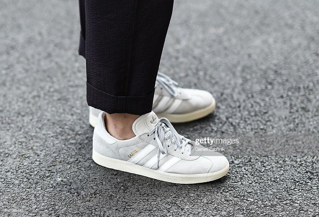 Street Style - New York Fashion Week: Men's S/S 2017 - Day 3 : News Photo