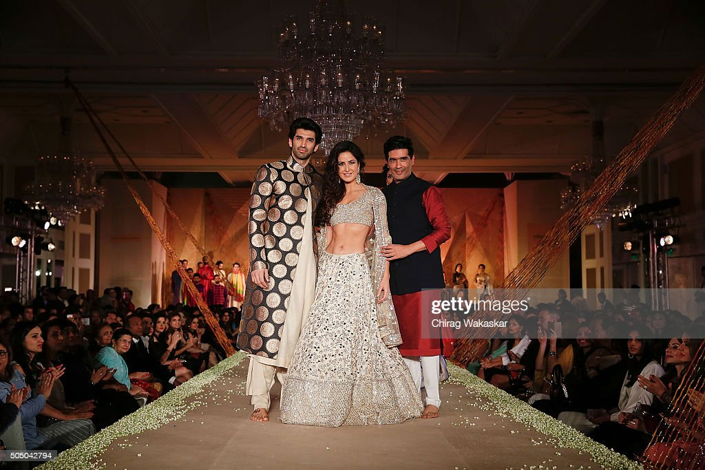 Regal Threads Fashion Show By Manish Malhotra