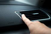 Adjusting Car Air Outlet
