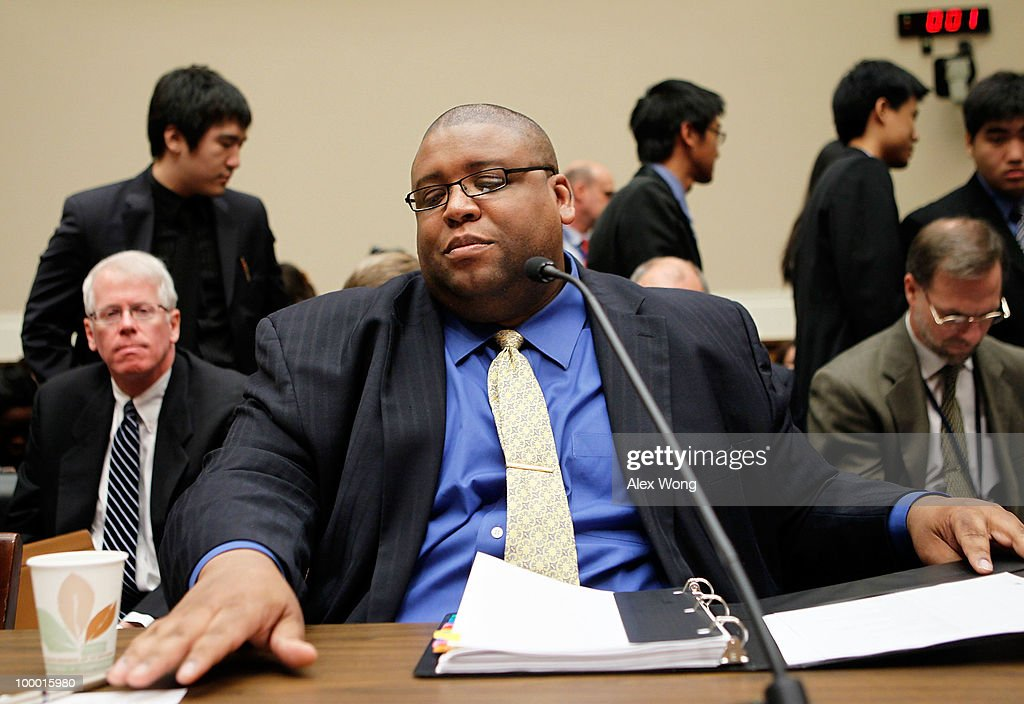 Administrator of the National Highway Traffic Safety Administration (NHTSA) David Strickland (C) gets ready for testifying at a hearing before the Oversight and Investigations Subcommittee of the House Energy and Commerce Committee May 20, 2010 on Capitol Hill in Washington, DC. The hearing was to receive updates on Toyota and NHTSA�s response to the sudden unintended acceleration on Toyota vehicles.