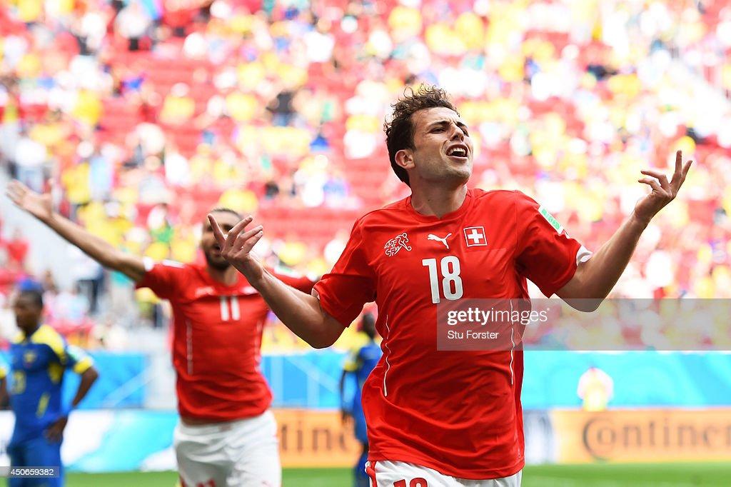 Switzerland v Ecuador: Group E - 2014 FIFA World Cup Brazil : News Photo