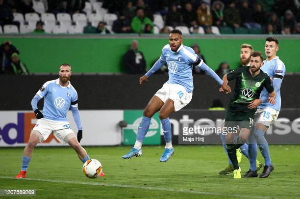 Admir Mehmedi of VfL Wolfsburg scores his team's second goal during the UEFA Europa League round of 32 first leg match between VfL Wolfsburg and...