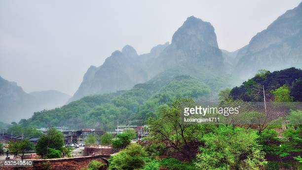 admirable village in the southern taihang mountains 011 - henan province stock pictures, royalty-free photos & images