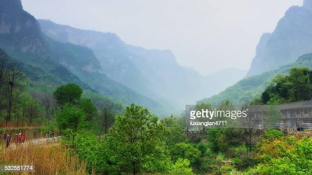 素敵な村にある南太行山脈 013 - 太行山脈 ストックフォトと画像