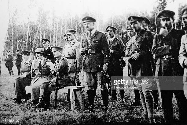 Admiral Alexander Kolchak with British officers on the Eastern Front Russia 1918 Kolchak commanded the White forces during the Russian Civil War He...