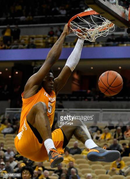 Admiral Schofield of the Tennessee Volunteers dunks against the Missouri Tigers in the second half at Mizzou Arena on January 08, 2019 in Columbia,...