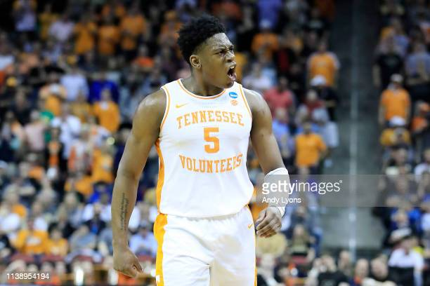 Admiral Schofield of the Tennessee Volunteers reacts against the Purdue Boilermakers during the second half of the 2019 NCAA Men's Basketball...