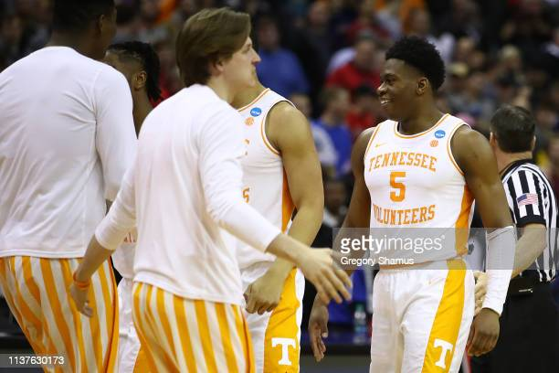 Admiral Schofield of the Tennessee Volunteers reacts during the second half against the Colgate Raiders in the first round of the 2019 NCAA Men's...
