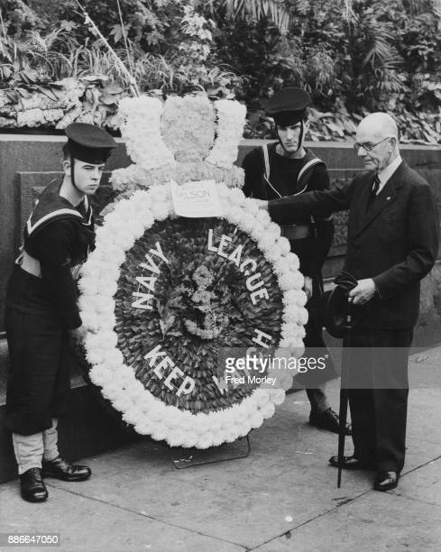 Admiral Sir Lionel Halsey of the Royal Navy lays a wreath at the base of Nelson's Column on behalf of the Navy League as part of the Trafalgar Day...
