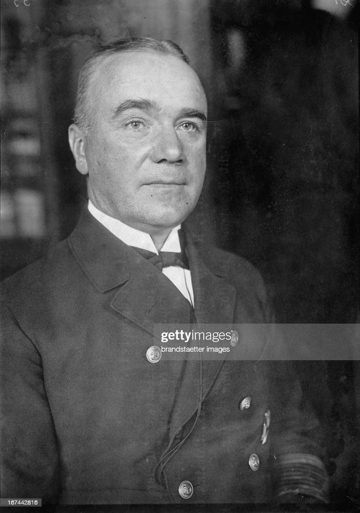 Admiral Walter Gladisch. Chief of the German Navy. 1931. (Photo by Imagno/Getty Images) Admiral Walter Gladisch. Chef der deutschen Kriegsflotte. 1931.