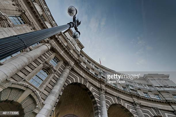 CONTENT] Admiralty Arch in Central London It sits between Trafalgar square and the Mall giving pedestrian access to Buckingham Palace