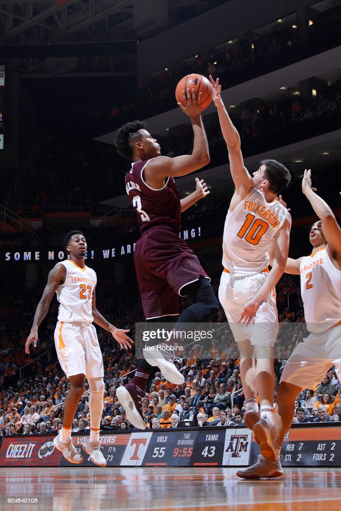 Admon Gilder #3 of the Texas A&M Aggies drives to the basket against John Fulkerson #10 of the Tennessee Volunteers in the second half of a game at Thompson-Boling Arena on January 13, 2018 in Knoxville, Tennessee. Tennessee won 75-62.