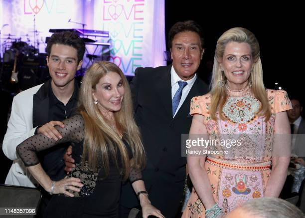 Adán Allende Mari Mediavilla Fernando Allende and Race to Erase MS Founder Nancy Davis attend the 26th annual Race to Erase MS on May 10 2019 in...