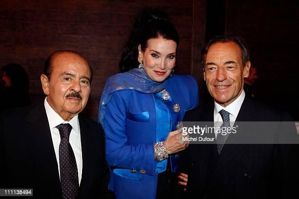 Adnan Khashoggi and his wife Lamia Khashoggi and Lindsay OwenJones attend the 'Dessine L'Espoir' Dinner during Art Paris Festival at Grand Palais on...