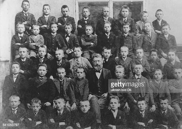 Adolf Hitler as student with the form 1b of the State Secondary School Linz he was about 12 years old in the middle schoolmaster Prof Oskar Lauger 2...