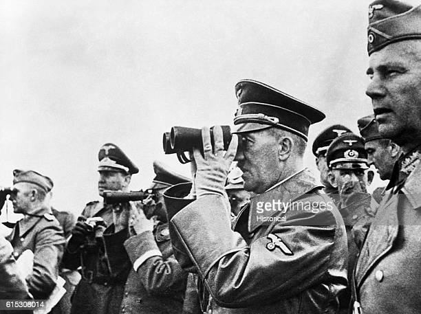 Adolf Hitler observes the closing phases of the battle for Warsaw With him at extreme right is General Walther van Reichenau