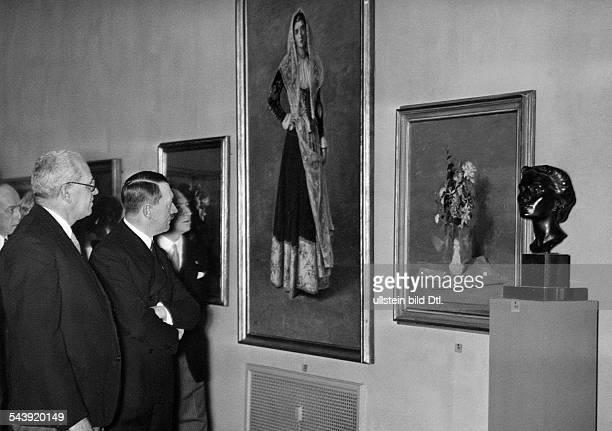 Adolf Hitler visiting an art exhibition 1937 Photographer PresseIllustrationen Heinrich Hoffmann Published by 'BZ' Vintage property of ullstein bild