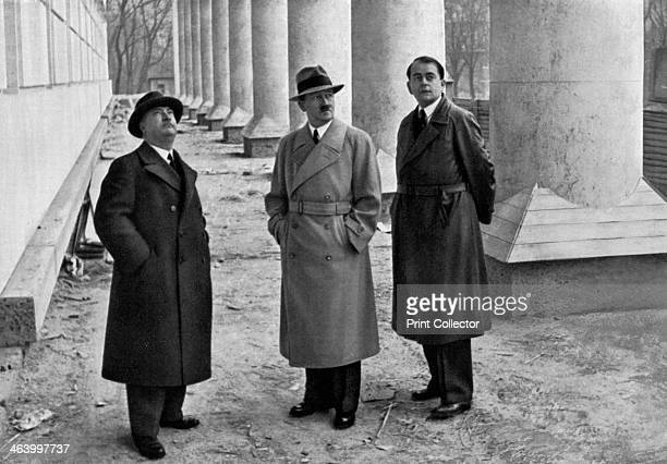 Adolf Hitler with architects Professor Leonhard Gall and Albert Speer Munich Germany 1934 Hitler Gall 18841952 and Speer inspecting the construction...