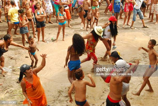 CONTENT] Adolfo Santos Sonteria Brazil Cabo de Santo Agostinho PE Brazil 21 years ago appeared in Paiva Beach Party of the Washerwoman started with...