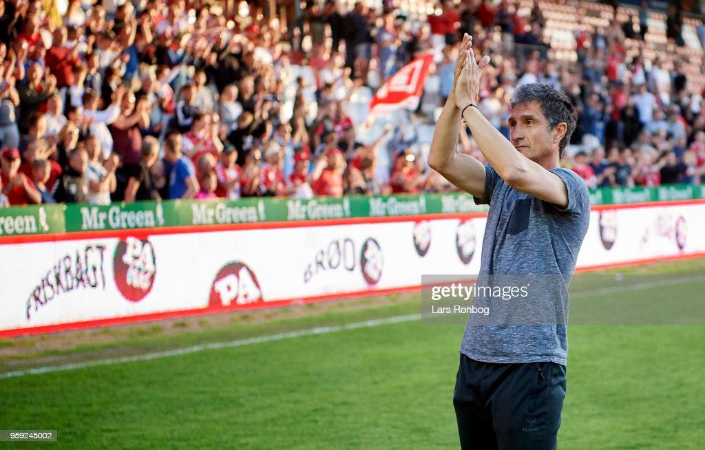 Adolfo Sormani, head coach of Vejle Boldklub celebrates after the Danish NordicBet Liga match between Vejle Boldklub and FC Fredericia at Vejle Stadion on May 16, 2018 in Vejle, Denmark.