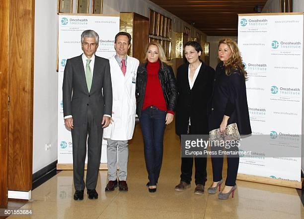 Adolfo Suarez Illana Isabel Flores Laura Suarez and Sonsoles Suarez attend the Oncohealth Oncology Institute presentation at Jimenez Diaz Foundation...