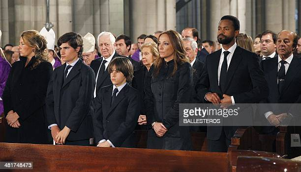 Adolfo Suarez Illana's wife Isabel Flores and their two chidren Adolfo and Pablo Sonsoles Suarez Illana and her partner Wilson attend the funeral...
