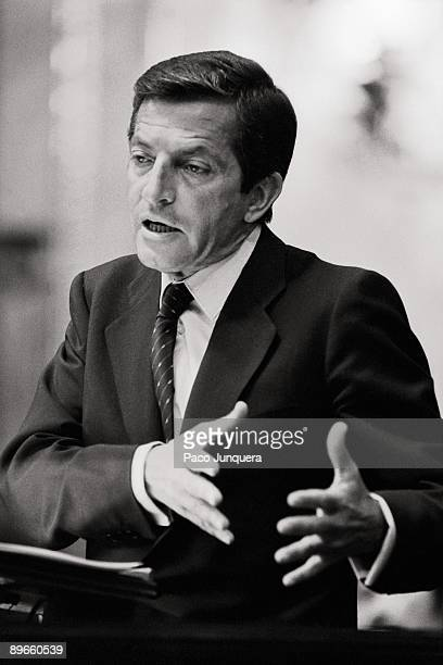 Adolfo Suarez in the Congress The president of the CDS during his speech in the session of investiture of the second PSOE´s government