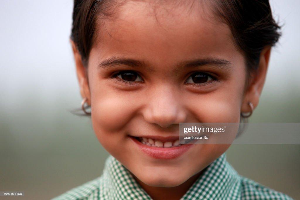 Adorable little girl portrait close up : Stock Photo