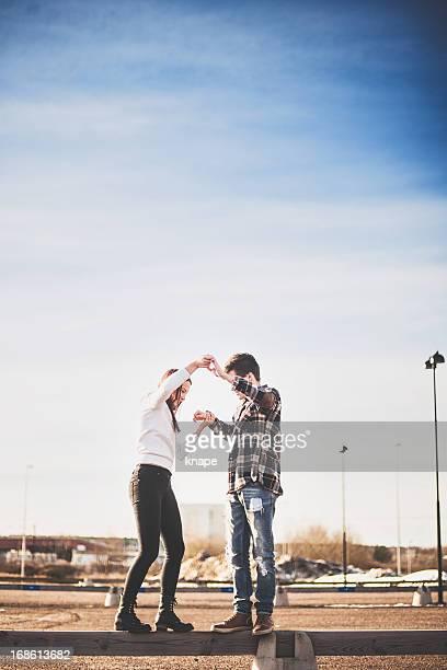 Adorable adolescents en amour