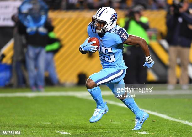 Adoree' Jackson of the Tennessee Titans in action during the game against the Pittsburgh Steelers at Heinz Field on November 16 2017 in Pittsburgh...