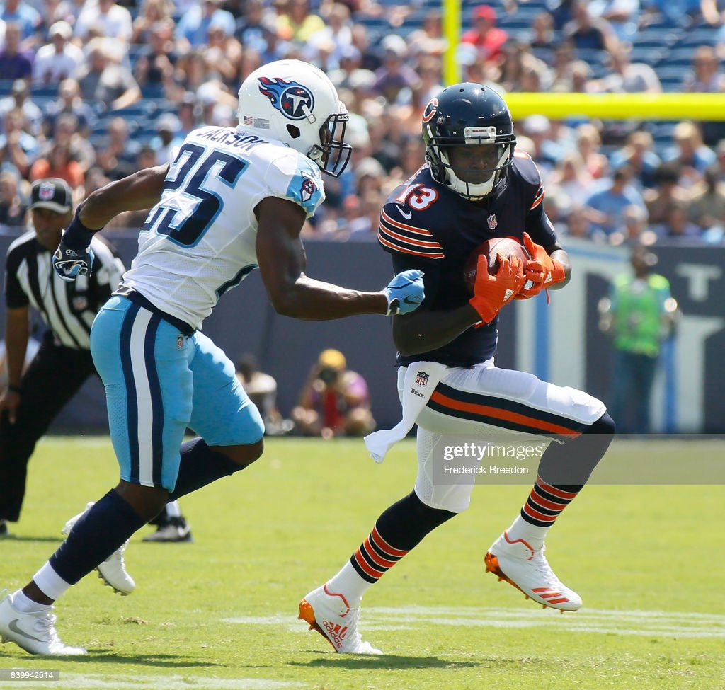 Adoree' Jackson #25 of the Tennessee Titans pursues Kendall Wright #13 of the Chicago Bears during the first half at Nissan Stadium on August 27, 2017 in Nashville, Tennessee.